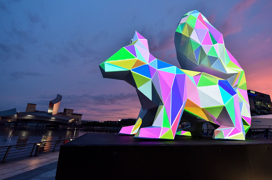 Projection mapping of a neon squirrel